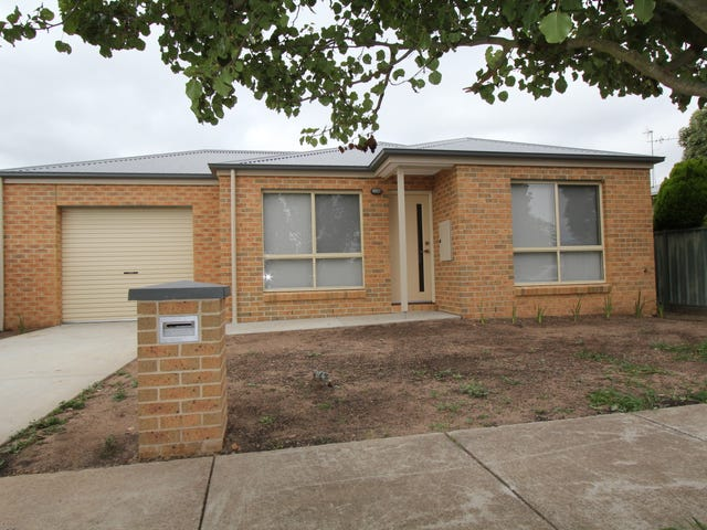 18 Hyacinth Grove, Wendouree, Vic 3355
