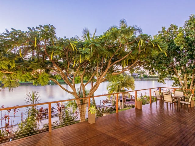9 Montevideo Drive, Clear Island Waters, Qld 4226