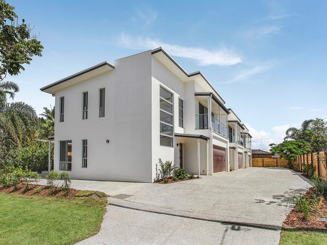 2/128 Eugaree Street, Southport, Qld 4215