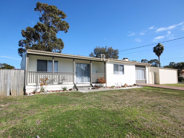 8 Gibson Crescent, Sanctuary Point, NSW 2540