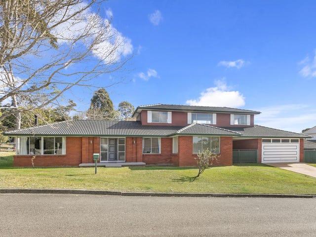 1 Karalta Crescent, Belrose, NSW 2085