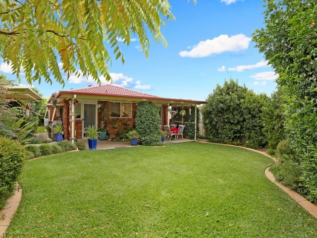 30B Melba Pl, St Helens Park, NSW 2560