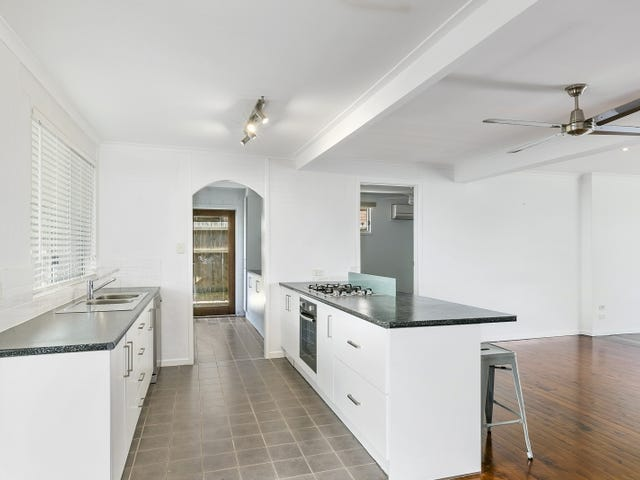 28 Shirley Street, Southport, Qld 4215