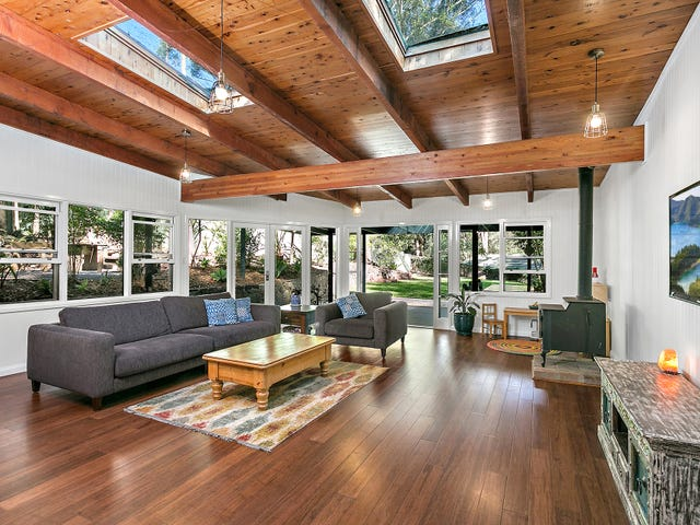 15 Old Coast Road, Stanwell Park, NSW 2508