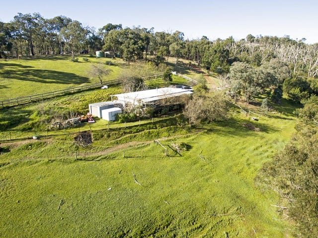 49 Wallace Road, Christmas Hills, Vic 3775