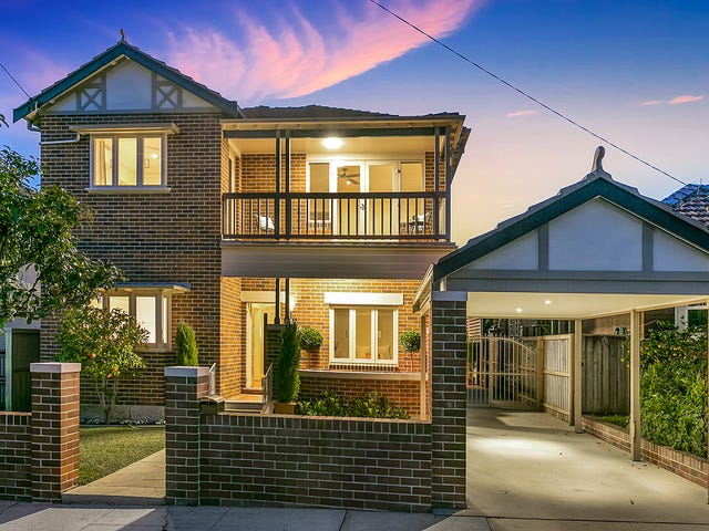 13 Duke Avenue, Rodd Point, NSW 2046
