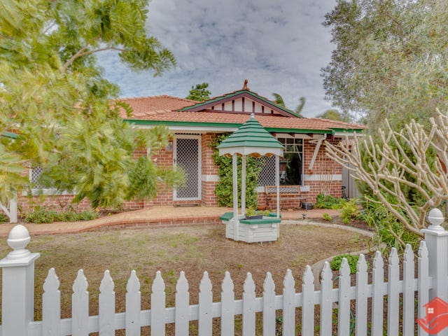 44 Chisholm Circle, Seville Grove, WA 6112