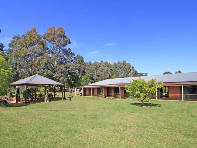 8 Forest Street, Trentham, Vic 3458