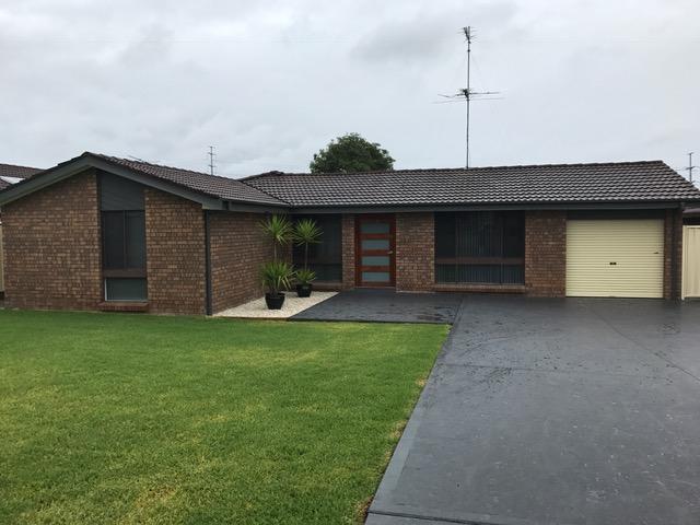 34 Livingstone Avenue, Ingleburn, NSW 2565