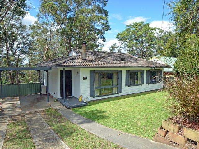 17 Booker Rd, Hawkesbury Heights, NSW 2777