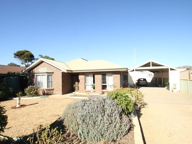 89 Bay Road, Moonta Bay, SA 5558