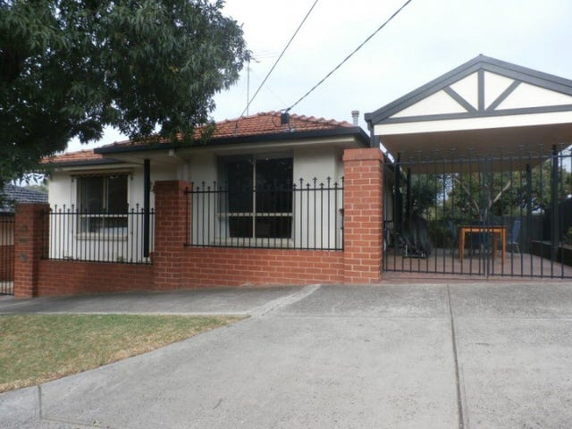 32 Hooper Crescent, Brunswick West, Vic 3055