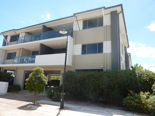 912-20/8 Win Street, Eight Mile Plains, Qld 4113