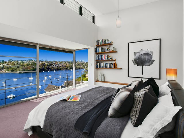 17 Coolawin Road, Northbridge, NSW 2063