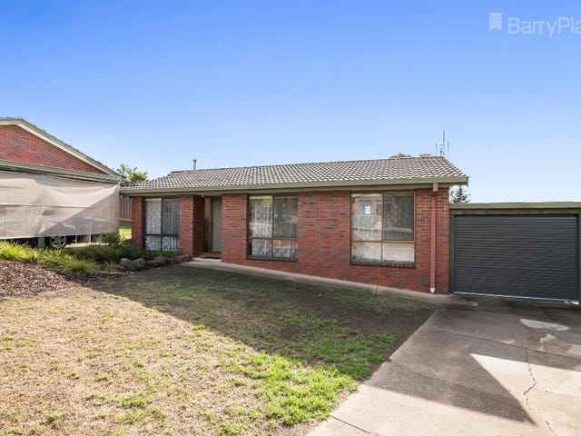 1/2 Tenzing Court, Strathdale, Vic 3550