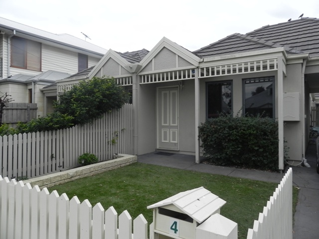 4 Berty Street, Newport, Vic 3015