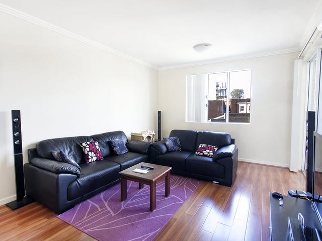 18/2-12 Civic Avenue, Pendle Hill, NSW 2145