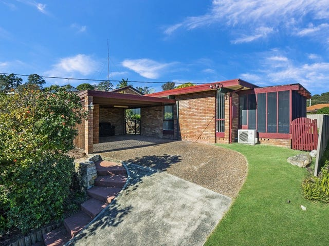 8 Plymouth Close, Macquarie Hills, NSW 2285