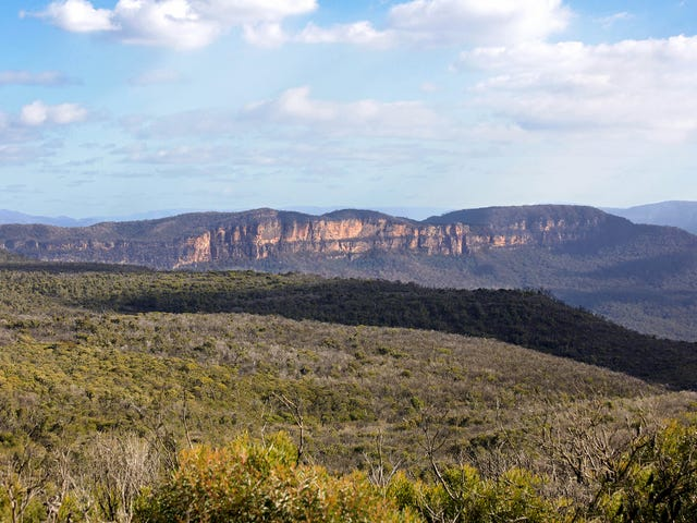 201 Tableland Road, Wentworth Falls, NSW 2782