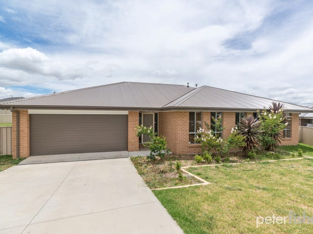 19 Lombardy Way, Orange, NSW 2800