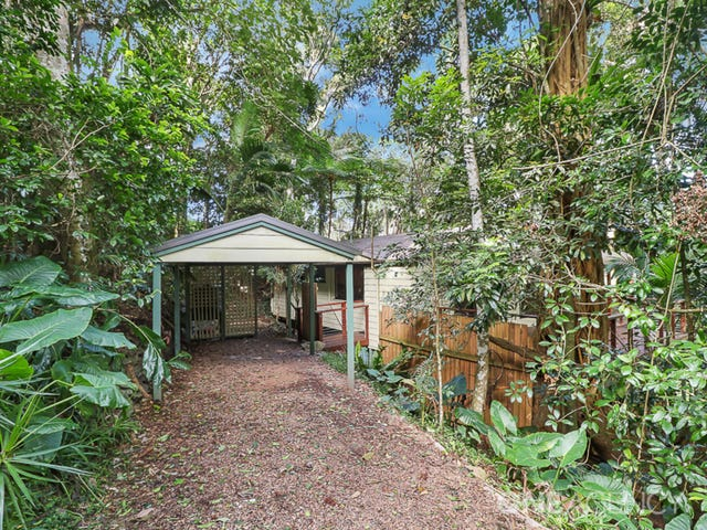 14 Alex Road, Mount Glorious, Qld 4520