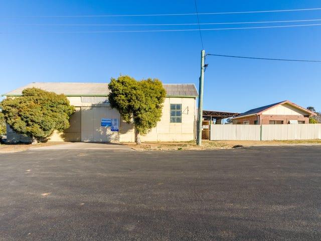 75 Vaux Street, Cowra, NSW 2794