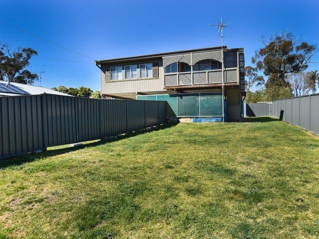 11 Boronia Avenue, Hill Top, NSW 2575