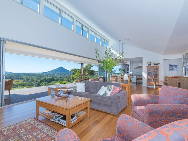 230 Ocean View Road, Cooroy, Qld 4563