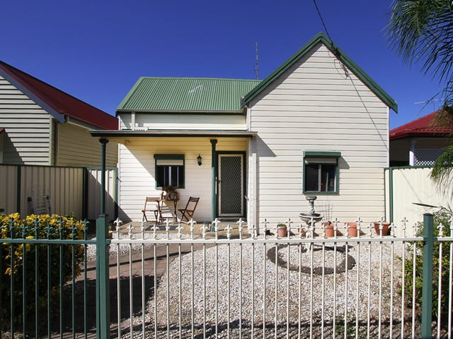 15 Castlereagh Street, Singleton, NSW 2330