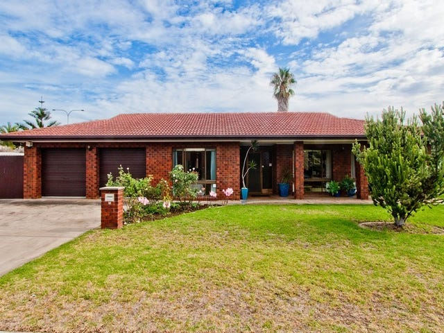 18 Bluelake Court, Tennyson, SA 5022