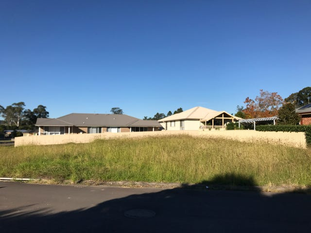 10 Hillview Avenue, Dungog, NSW 2420