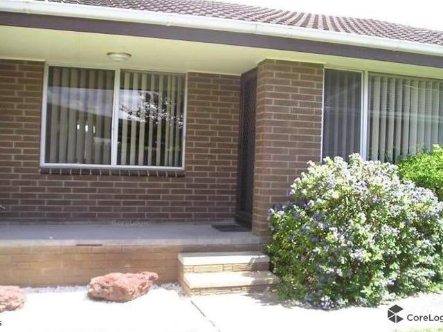 2/10 Malmesbury Street, Wendouree, Vic 3355