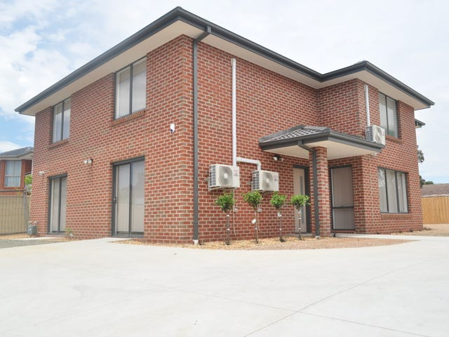 Room 1-9/10 Oak Grove, Springvale, Vic 3171