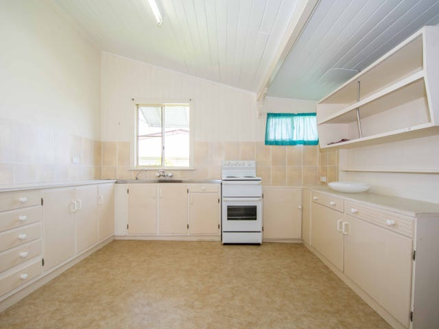 27 Crofton Street, Bundaberg West, Qld 4670