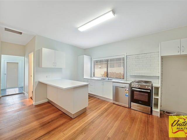 9 Laura Street, Hill Top, NSW 2575