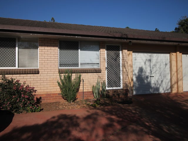 1/2 McAllister Court, East Toowoomba, Qld 4350