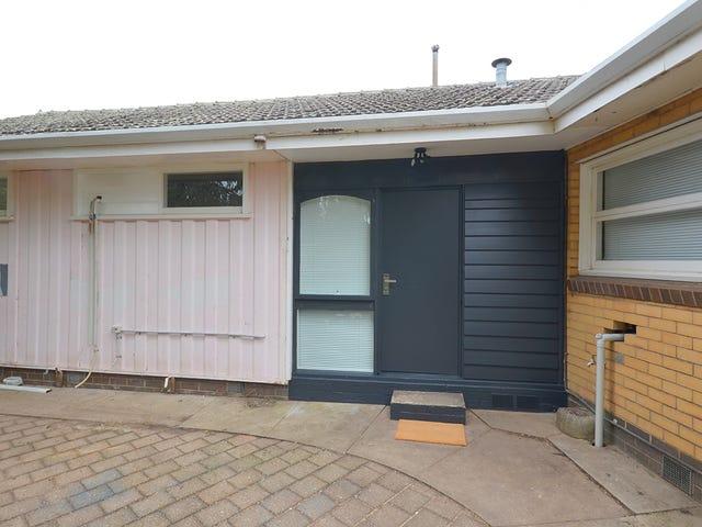 23a Lake Street, Wendouree, Vic 3355