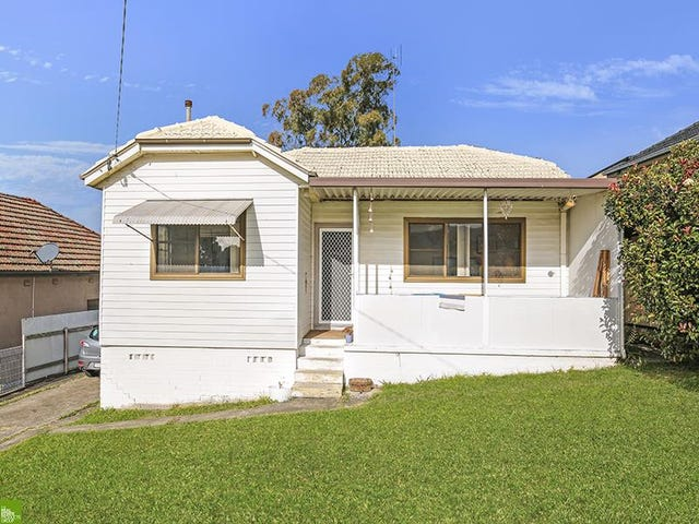 39 Waples Road, Unanderra, NSW 2526