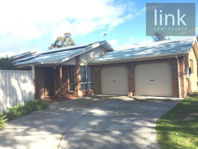 4 Peninsular Court, Thurgoona, NSW 2640