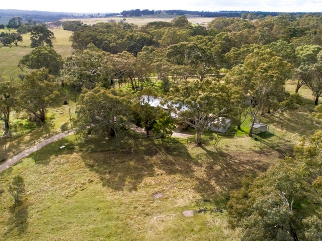 86 Pickerings Lane, Kyneton, Vic 3444