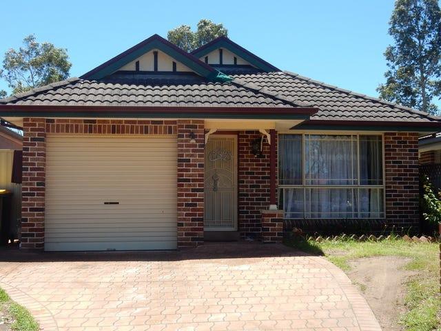 28 Springfiled Crt, Wattle Grove, NSW 2173