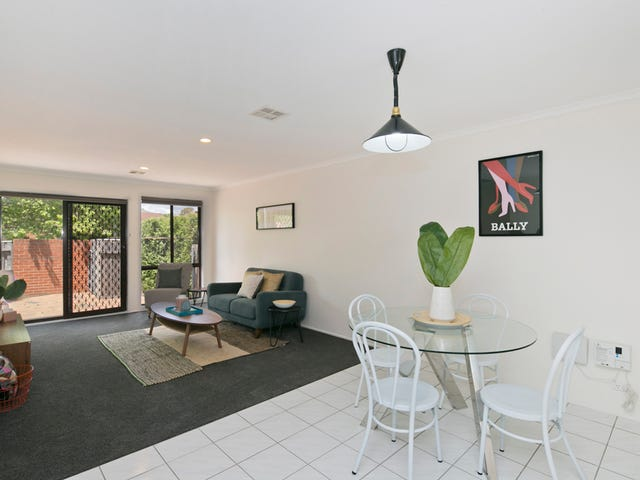 2/3 Redcliffe Street, Palmerston, ACT 2913