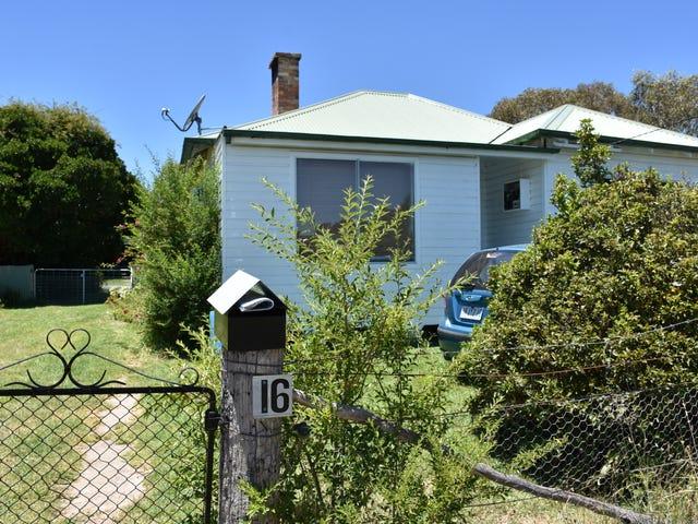 16 Moore, Emmaville, NSW 2371