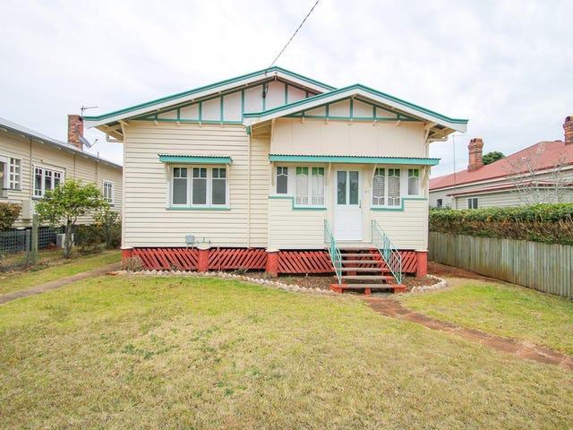 27 Phillip Street, East Toowoomba, Qld 4350