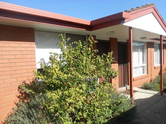 2/614 Hague Street, Lavington, NSW 2641