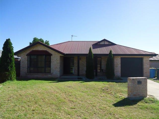 1/1 Woomera Pl, Glenfield Park, NSW 2650