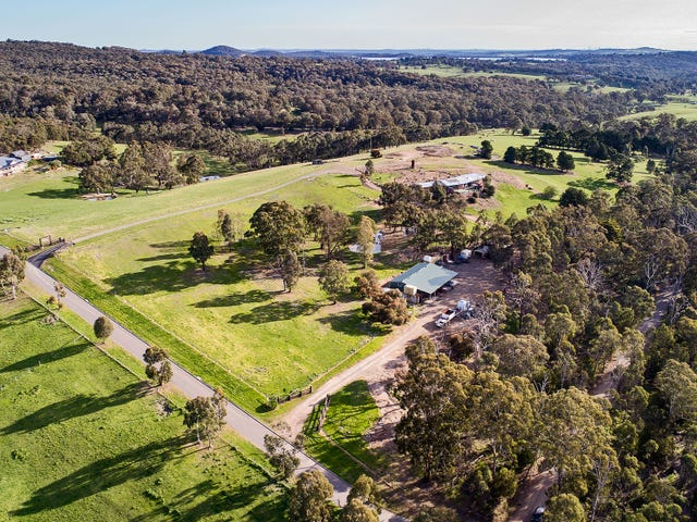 2 Tanderum Way, Christmas Hills, Vic 3775