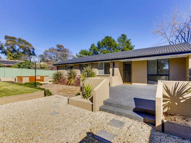 9 Mathison Place, MacGregor, ACT 2615