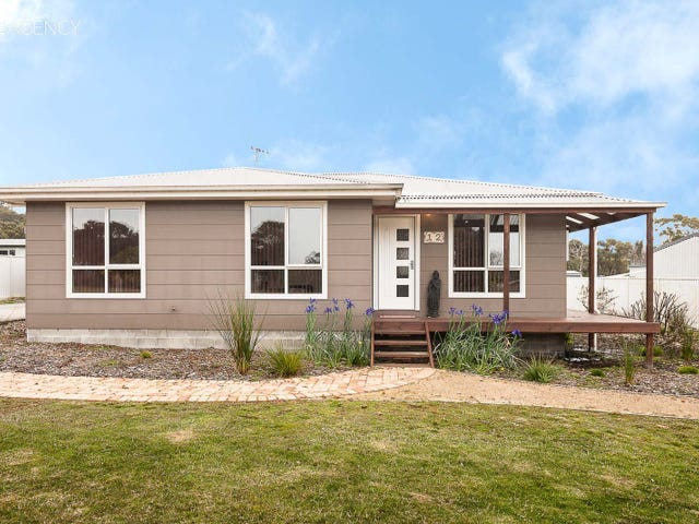 12 Serrata Crescent, Sisters Beach, Tas 7321