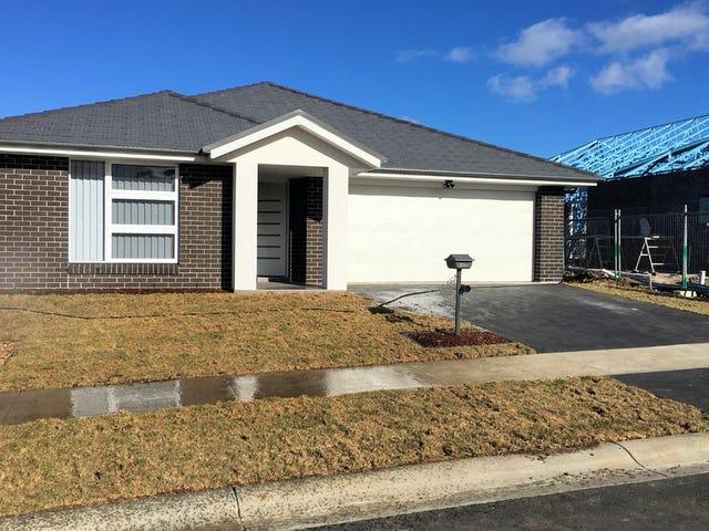 13 Woodpack Street, Braemar, NSW 2575